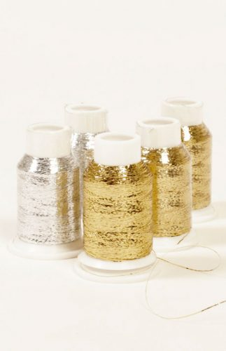 drops glitter-glittertråd som du strikke sammen med annet garn